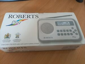 Roberts play dab/dab+/FM RDS radio with built in battery charger white / grey
