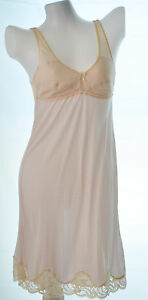 Wacoal Ladies nylon full slip bra slip with lace no.135 light pink peach sz 34A