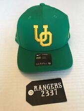 "OREGON DUCKS - NIKE FLEX FIT Classic 99 GREEN HAT CAP ""UO"" LOGO"