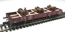 DUHA 11577 A - Ladegut 3 gealterte Pumpen auf Holzgestell montiert