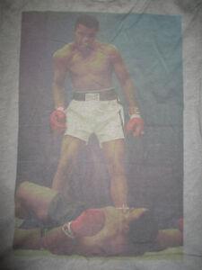 MUHAMMAD ALI vs SONNY LISTON (LG) T-Shirt