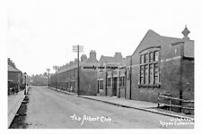 pt5647 - Cudworth , The Albert Club c1925 , Yorkshire - photo 6x4