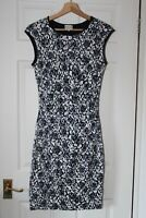 Reiss ~ Lined Navy & White Lace Floral Dress ~ Size 10