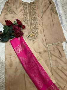 WOMAN 3 pieces suit Stitched Bin Saeed brand orignal, lawn FULLY embroidered (M)