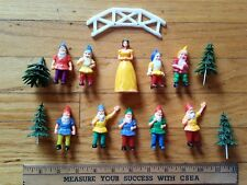 1950s Snow White and the 7 Dwarves cake toppers Disney princess birthday party