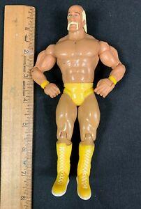 2003 WWE JAKKS WRESTLING ACTION FIGURE *HULK HOGAN* YELLOW PANTS AND BOOTS