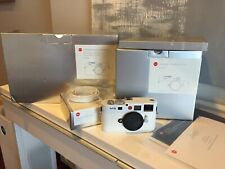 Leica M M8 white edition 105/275 10.3MP Digital Camera(Body Only)