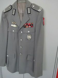 Frühe Bundeswehr Jacke um 1975 Major Pioniere EK1 usw.