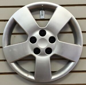 """NEW 2006-2011 Chevrolet HHR 16"""" Silver Hubcap Wheelcover Bolt-On"""