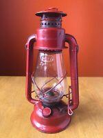 VINTAGE DIETZ Junior Lantern No 20 Kerosene Lamp Glass man cave barn garage red