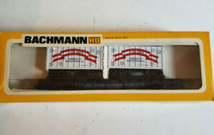 BACHMANN HO SCALE FLAT CAR WITH 2 BICENTENNIAL TRAILERS #1172