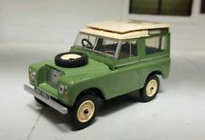 1:43 O Scale Model 1969 Land Rover Series 2a Oxford Diecast Green Station Wagon