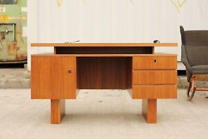 TRUE VINTAGE SCHREIBTISCH 70er Jahre Bauhaus BRUTALISTISCH minimalistisch Teak