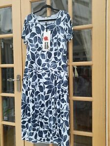 WENDY TRENDY   BLUE AND WHITE PRINT COCOON STYLE JERSEY DRESS -OSPLUS -BNWT