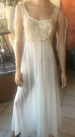 VTG Vanity Fair Ivory Nylon Tricot Long Nightgown Floral Lace Gown 34 Bust