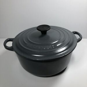 20cm Le Creuset Vintage Round Cast Iron Casserole  In Grey with Lid