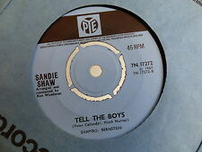SANDIE SHAW Tell  the boys / puppet on a string PYE 7N 17272