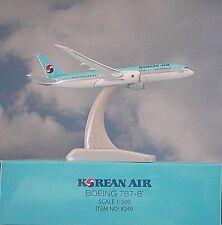 HOGAN Wings 1:500 Boeing 787-8 Korean Air li8249 modellairport 500