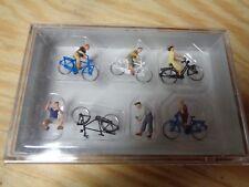 H0 Preiser 10716 Jugendliche mit dem Fahrrad. Figuren.  OVP