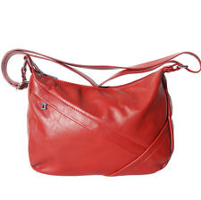 Schultertasche , Tasche aus italienischem Leder in Hand in Italien 3014 lr