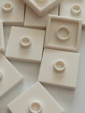 Lego 87580 White 2x2 Plate Tile with Knob Groove Centre Stud Jumper Lot Of 50pcs