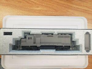 KATO 37-040 HO GP35 Undecorated Phase1b