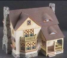 "Department 56 Season's Bay ""First Edition"" Inglenook Cottage #5"