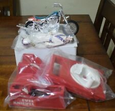 EVEL KNIEVEL STUNT CYCLE SET, NEW