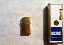 Briquet mini 2cm