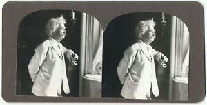 Mark Twain Stereoview, portrait of Samuel Clemens