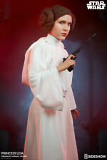 Sideshow Star Wars A New Hope Princess Leia Premium Format Figure Statue In Hand