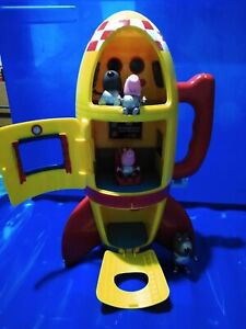 Peppa Pig yellow space rocket with sounds, figures, some missing parts