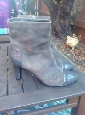 Bandolino Boots, Gray Suede With Patent Cap Toe, 8M, Very Cute!