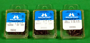 Mustad Fly Tying Hooks 3 boxes of 100 Lot Dry Fly  NEW 300 Total 94831 3 Sizes