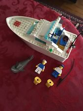 Lego Set Number 4011, Cabin Cruiser, Produced in 1991