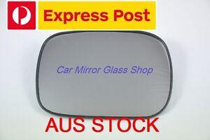LEFT PASSENGER SIDE VOLVO V70 XC 2001-2003 MIRROR GLASS (pre-facelift)