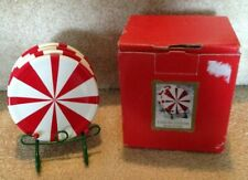 Nib Amscan 4 Ceramic Coasters w/Green Metal Stand Peppermint Candy Red & White
