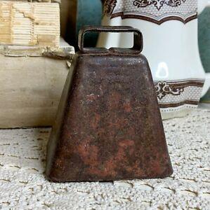 "Vintage Rustic Primitive Rusty Farm Farmhouse Metal Cow Bell With Clapper 3.5"""