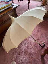 "Vintage Pagoda Style 32"" Umbrella Parasol Black/Off White Plastic Handle"