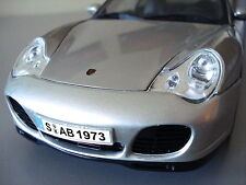 PORSCHE 911 996 Carrera 4S Arctic Silver on Black 1:18 Scale—Display Model Toy