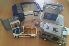 Playmobil police station incomplete - playmobil police station and accessories