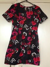 oasis women dress size 10 black with red and pink  flowers