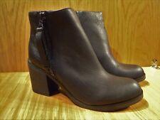 Size 6 Boot BLack Chelsea NEW LOOK Wide Fit Block High Heeled Zip NEW LOOK Boot