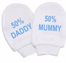 BABY WHITE COTTON SCRATCH MITTENS 50% MUMMY 50% DADDY  NEWBORN TO 3MTH