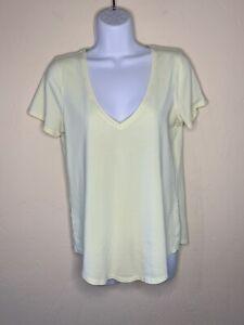 LULULEMON Women's Short Sleeve V-Neck Light weight Top 6 Yellow