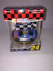 """NASCAR DATED COLLECTIBLE ORNAMENT """"JEFF GORDON"""" NUMBER 24 TREVCO 2002"""