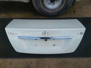 2008-2014 GENUINE MERCEDES W204 BOOT BOOTLID TAILGATE WHITE