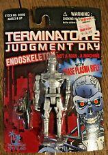 Terminator 2 Judgment Day Endoskeleton with Phase Plasma Rifle
