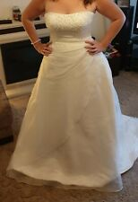 Wedding dress size 18 used