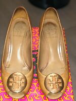 Tory Burch Sally 2 Wedge Tumbled Leather Royal Tan-Gold Pumps Shoes Heels Size 7